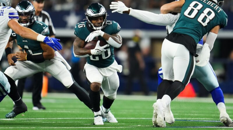 Sanders Needs More Than 2 Carries if the Eagles Have any Chance Against the Chiefs
